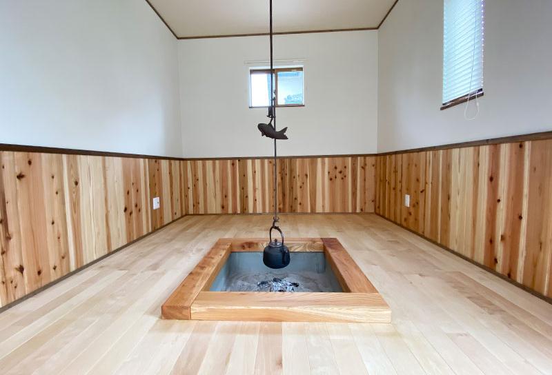 遊び心のある離れ囲炉裏部屋の写真